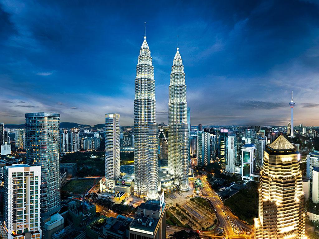 Petronas-Towers-in-Kuala-Lumpur